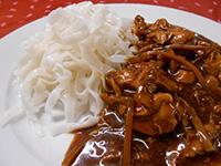 Szójás chilis csirkemell bambuszrüggyel és üvegtésztával