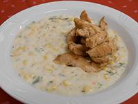 Kapros kukoricafőzelék csirkecsíkokkal
