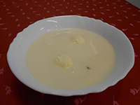 Mentás citromleves túrógombóccal