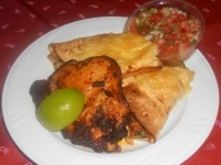 Grillezett mole szószos cscombfilé chilis par.salsa,tortilla