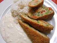 Zöldségropogós párolt jázmin rizzsel és sajtmártással